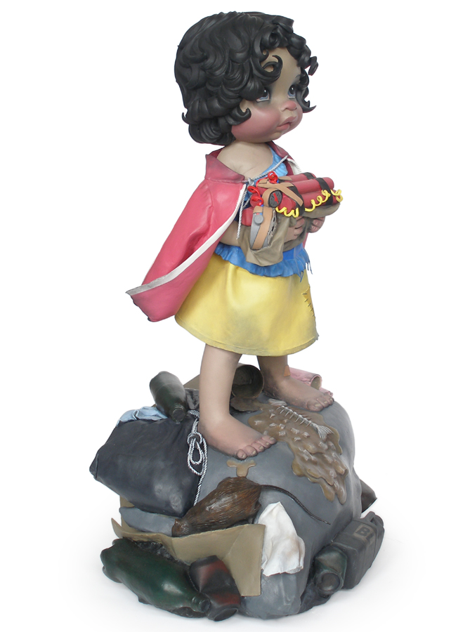 snowwhite with bomb sculpture harma heikens
