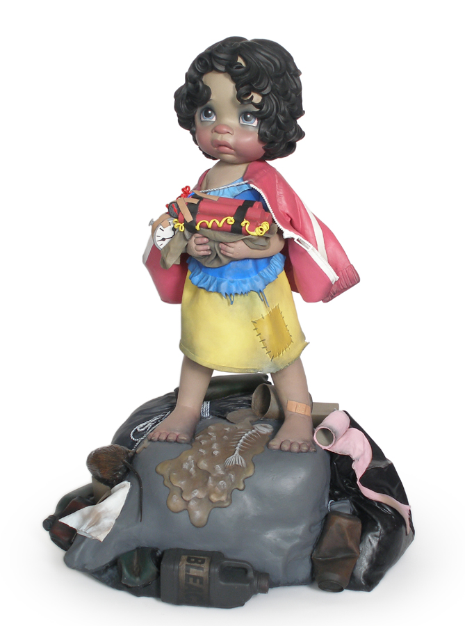 little girl in snowwhite costume holding bomb sculpture harma heikens